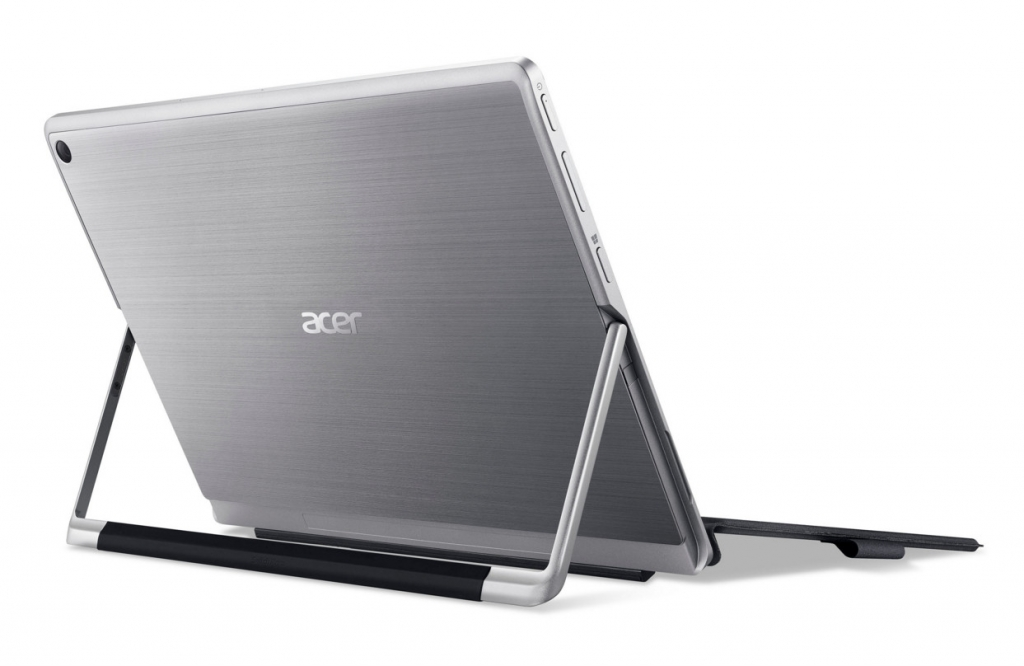 acer-switch-alpha-12-02