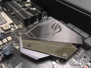 Asus X399 ROG Zenith Extreme unboxed before launch