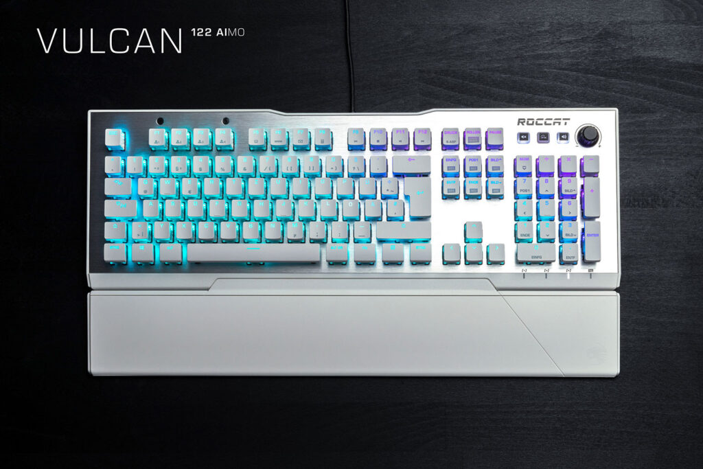 ROCCAT Revealed New Kain Mouse, Vulcan Keyboard Variants, and Sense AIMO Mousepad