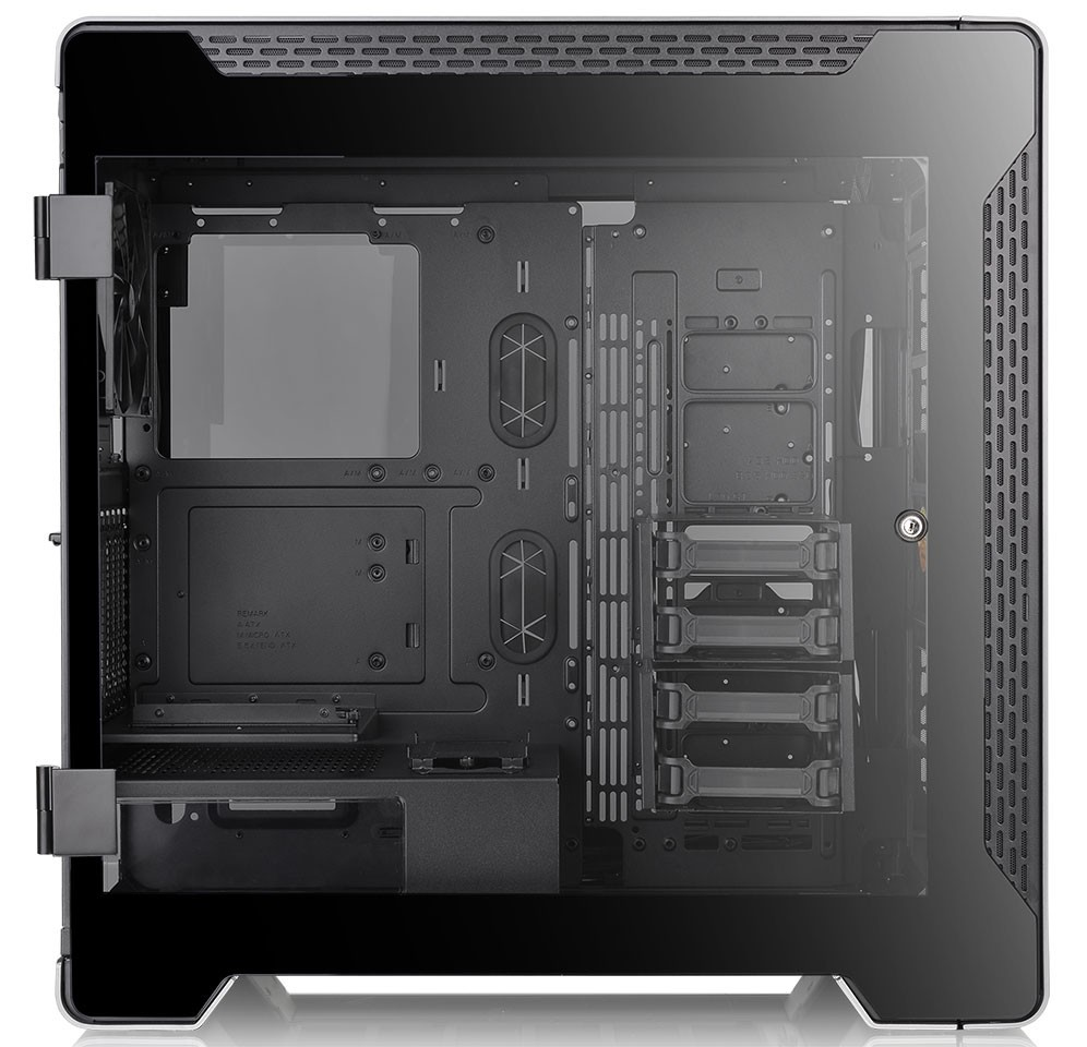 Thermaltake Launched A700 Aluminum Tempered Glass Edition Full Tower Chassis