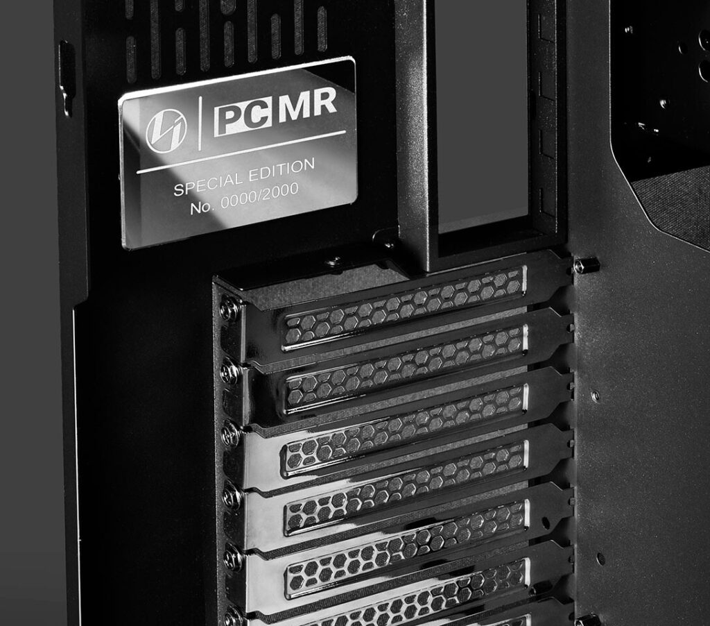 Lian Li and PCMR Collaborate on O11 Dynamic Space Grey Special Edition